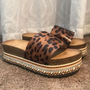 BRAND NEW** Platform cheetah sandals